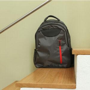uso de back pack para laptop