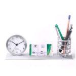 Portada de juego de escritorio con reloj